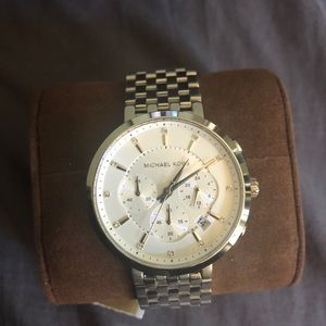 Michael Kors Watch - new never worn